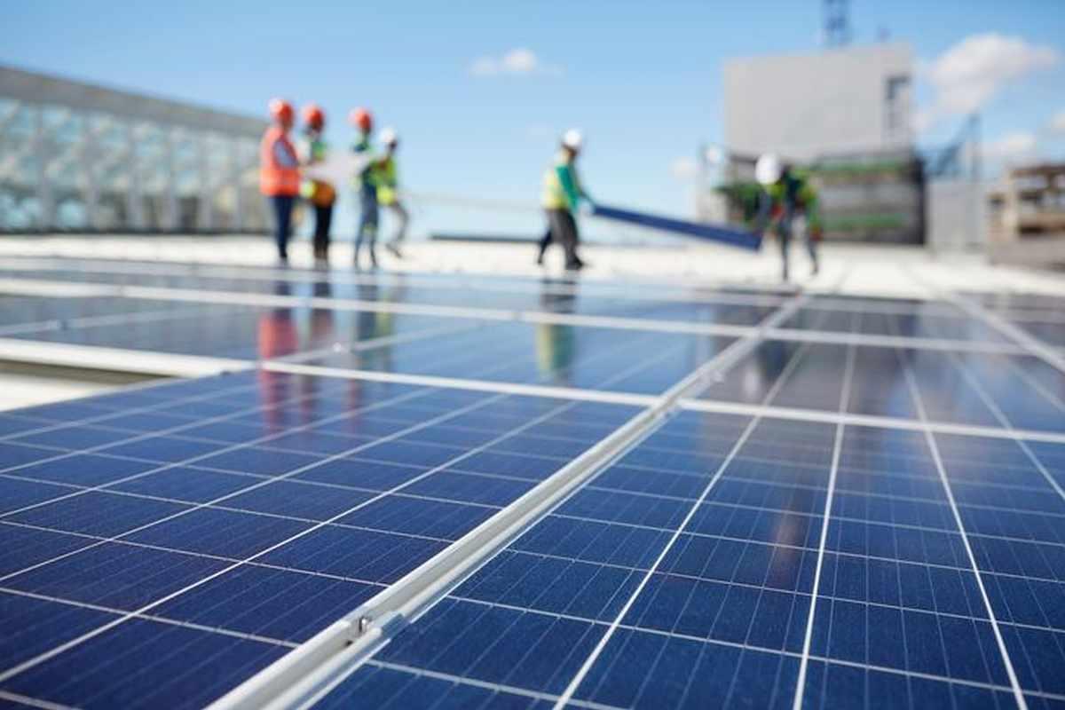 abu-dhabi dhafra announcement postpones solar