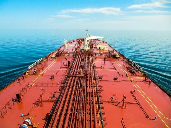 sailing stocks shipping oil