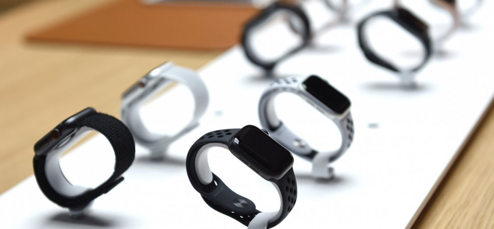 apple bet services wearables divisionsb