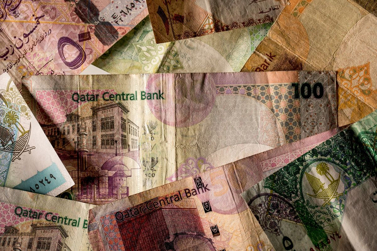 gulf currency ire payoff rift